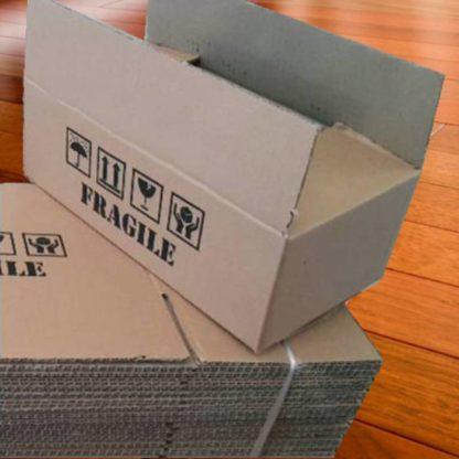 cardboard box 30 x 15 x 10 cm fragile